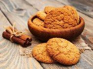 Рецепта Овесени бисквити с портокал и кардамон